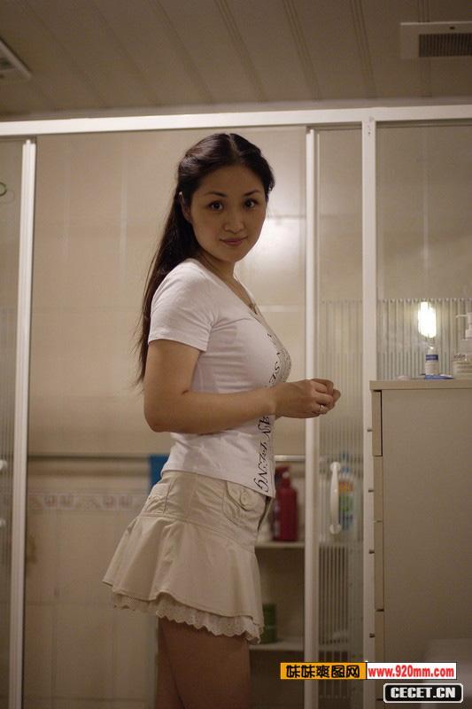 新疆游玩_成都一30岁寂寞少妇的日常生活 - 中国娱乐资讯网CECET.CN