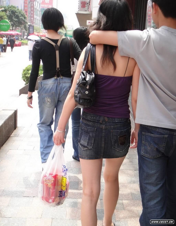 抓拍牛仔短裙美女 - 酷爱熟女 - 酷爱熟女