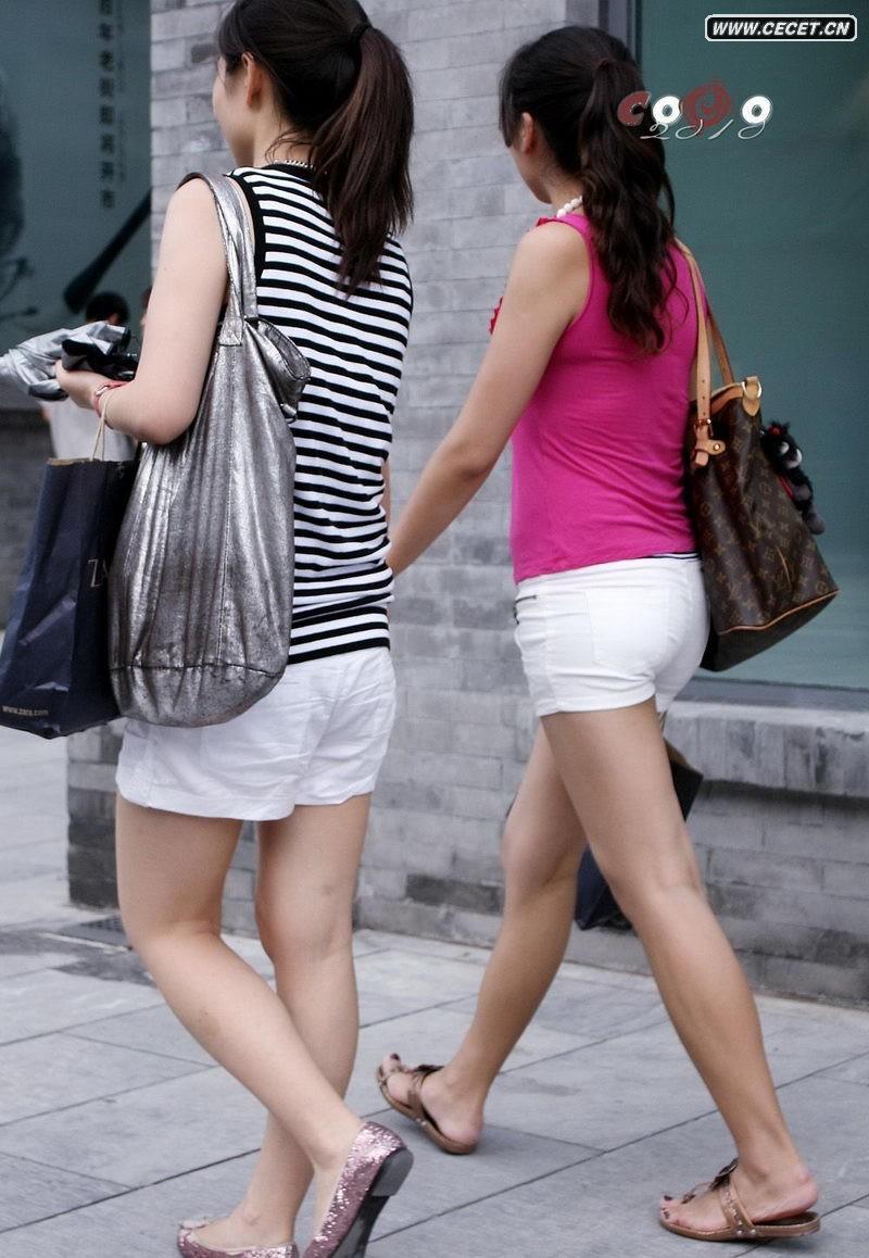 小城街拍青春美少女图片