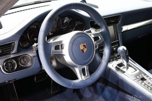 保时捷 911 carrera s 高清图片