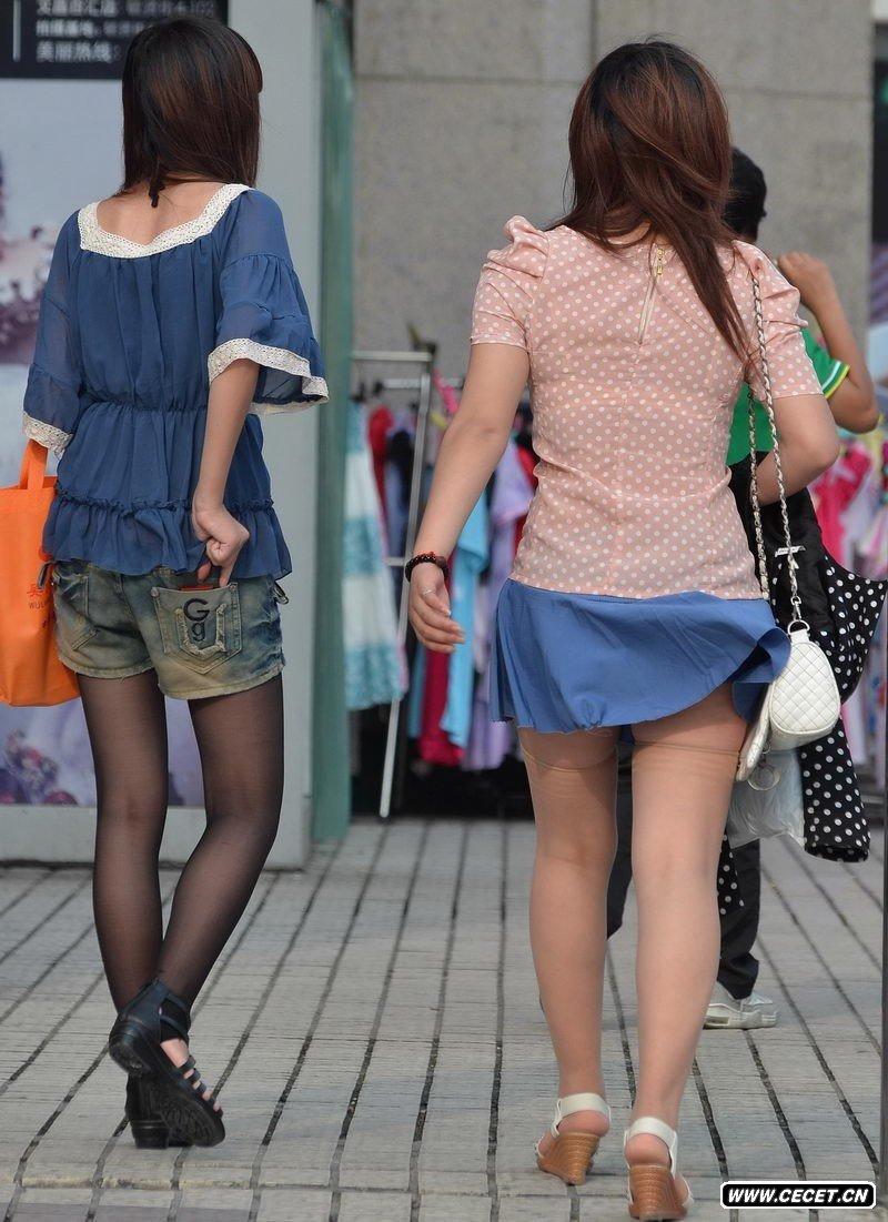 逛商场的清凉长腿女孩_街拍两个逛商场的丝袜女生 - 中国娱乐资讯网CECET.CN