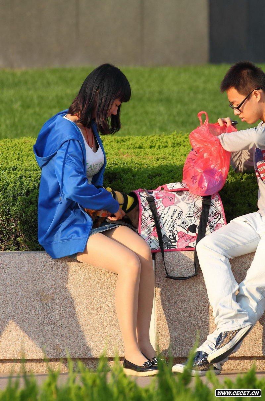 海洋大学校内的丝袜美眉 - 酷爱熟女 - 酷爱熟女