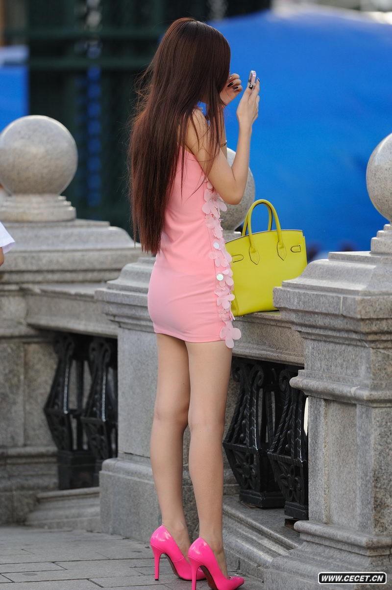 中国娱乐资讯网_宜春街拍长发美腿少女中国娱乐资讯网色