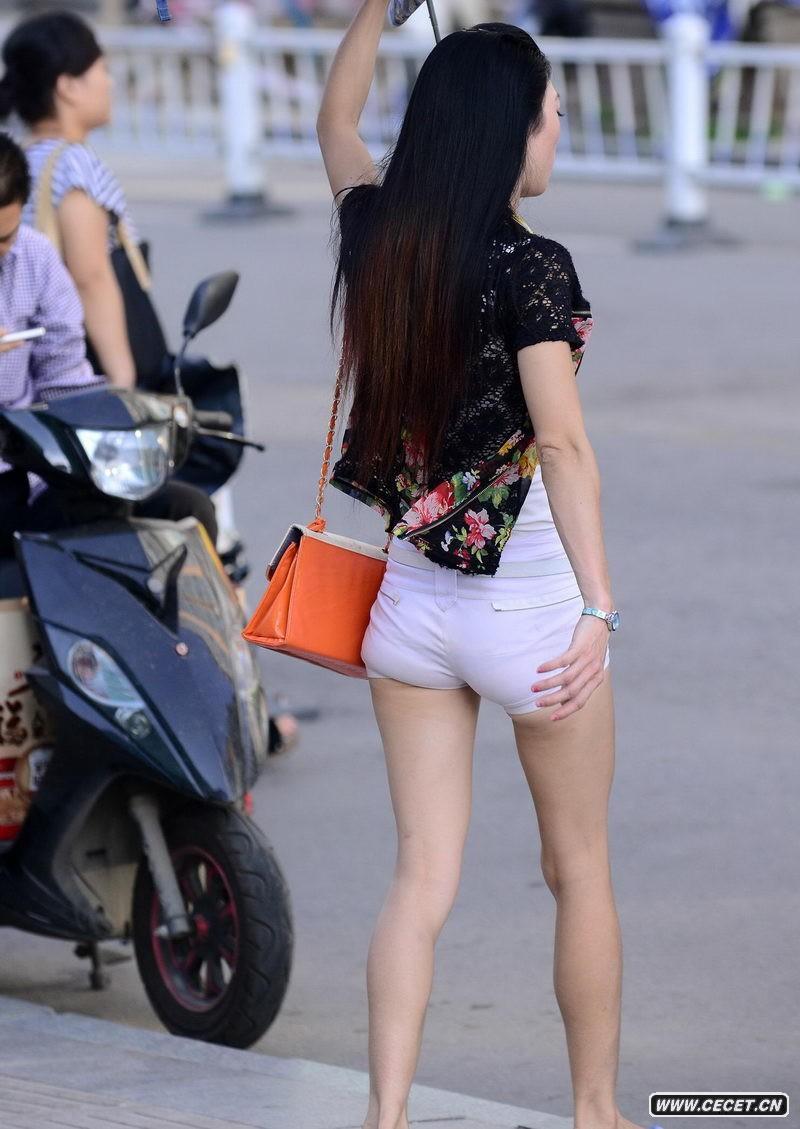 街拍热裤_街拍美女腿热裤美女_街拍热裤图片在线视频有味大白图片