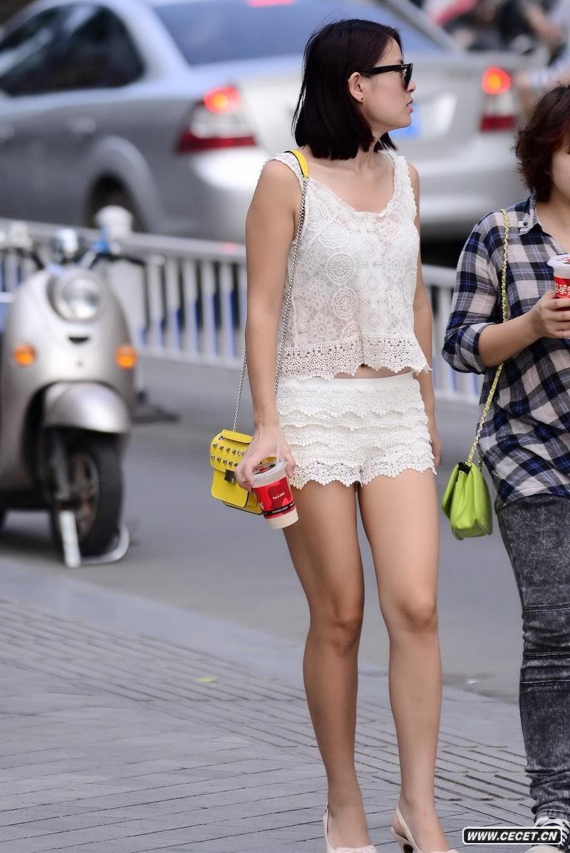 中国娱乐资讯街拍_五丁路街拍超短裙美女中国娱乐资讯网cecet