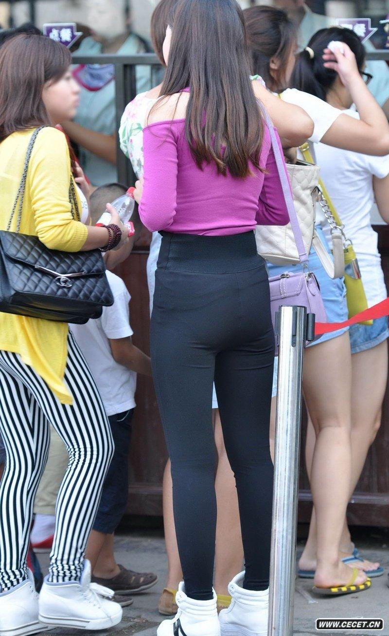 中国娱乐资讯紧身裤女生_中国电信门口街拍的紧身裤女生中国娱乐资讯