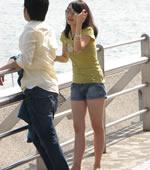大连海边拍的女孩