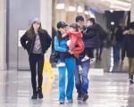 赵雅芝动态图片_中国娱乐资讯网CECET.CN_中国娱乐资讯门户第一网