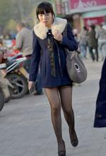 蓝色毛领短大衣超薄黑