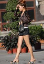 中山西路街拍的牛仔裤