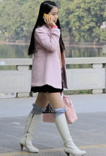 长江西路跟拍的厚肉裤
