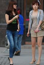 街拍的短裤白嫩圆润双